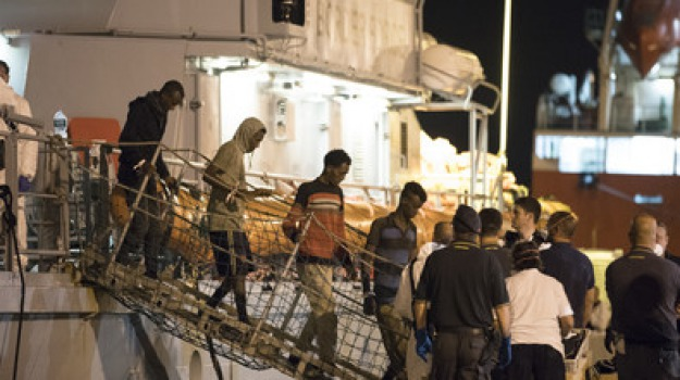 farnesina, migranti, Sicilia, Politica