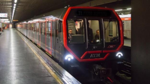 treni hitachi reggio, Reggio, Calabria, Economia