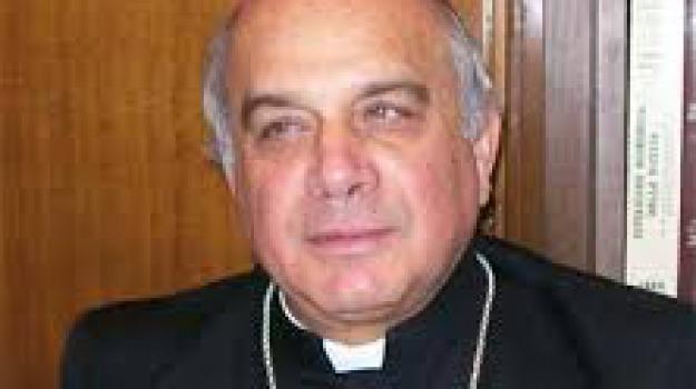 Arcivescovo Catania, peculato, Salvatore Gristina, Santo Russo, Sicilia, Archivio