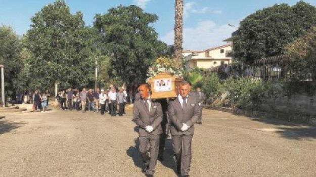 famiglia morta, incidente stradale, Cosenza, Calabria, Archivio