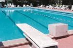 14enne muore dopo tuffo in piscina