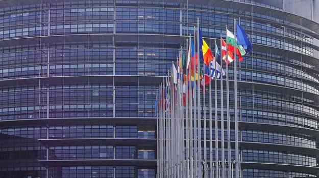 europa, movimento 5 stelle, parlamento europeo, stop, vitalizi, Laura Ferrara, Sicilia, Politica