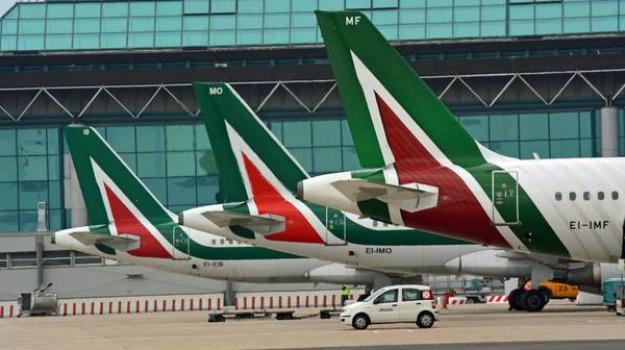 aeroporto, arturo de felice, crotone, reggio, sacal, Voli per Roma, Catanzaro, Reggio, Calabria, Economia