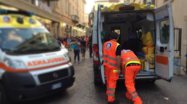 alcol test, incidente, poliziotto, Cosenza, Calabria, Archivio