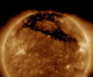 Collisione tra galassie: la possibile origine del sole