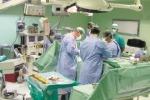 Muore al policlinico dopo la biopsia