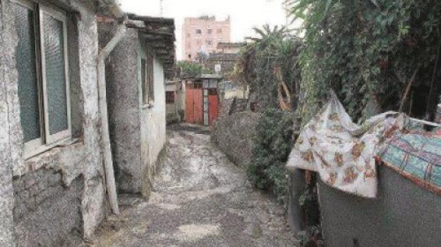 baracche, messina, salvini, Messina, Archivio