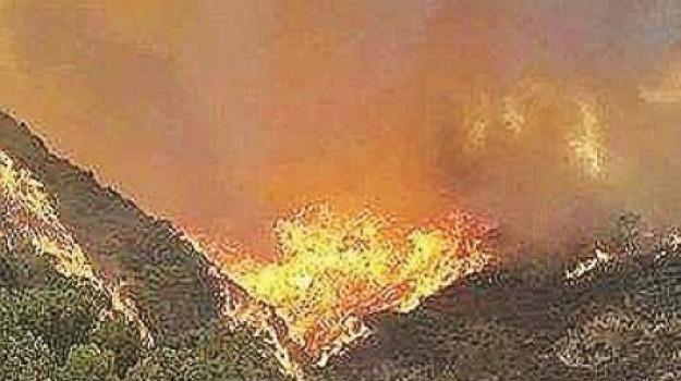 2017, incendi, Messina, Sicilia, Archivio
