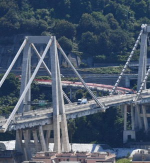 Governo pensa a revoca concessione, Autostrade pronta a ricostruirlo