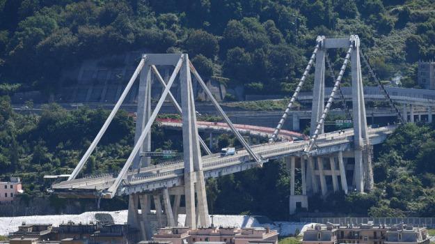 crollo ponte genova, Sicilia, Cronaca