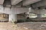 L'autostrada che galleggia sul Mesima sequestrata nel 2016