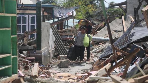 indonesia, terremoto, Sicilia, Cronaca