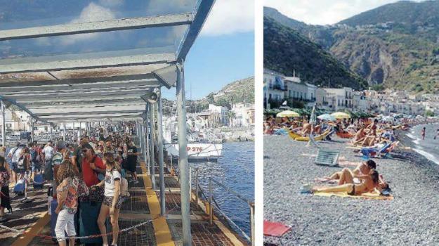 calo turisti, eolie, salina, Messina, Sicilia, Archivio