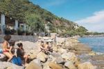 Testa di Monaco, è mobilitazione per la spiaggia inghiottita dal mare