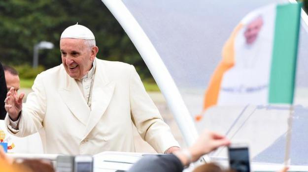 migranti, papa francesco, rocca di papa, Sicilia, Cronaca