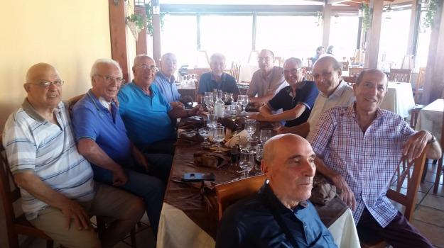 compagni di classe, incontro, istituto tecnico jaci, Messina, Archivio