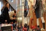 Turismo: 1,5 mln persone scelgono città Italia per shopping