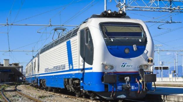 crotone treni, Catanzaro, Calabria, Cronaca