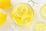 Da aceto a limone, 'sbianca-denti' poco efficaci e rischiosi