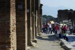 In visita agli scavi di Pompei? Niente bikini e panini