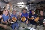 Pizza nello spazio per Paolo Nespoli