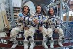 I membri della Expedition 53, pronti a partire. Da sinistra: Joe Acaba, della Nasa, Alexander Misurkin della Roscosmos e Mark Vande Hei della Nasa (fonte: NASA/Bill Ingalls)