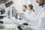 Prima terapia anti tumore con cellule paziente arriva in Ue