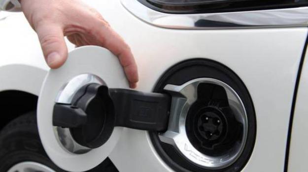 auto elettriche, auto ibride, inquinamento, Motori