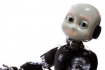 iCub, il robot bambino punto di riferimento per l'intelligenza artificiale è pronto a debuttare in società (fonte: IIT)