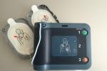 Malore dopo una partita di calcio a Lamezia, 44enne salvato grazie al defibrillatore