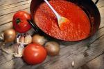 Salsa di pomodoro cotta alleata della salute dell'intestino