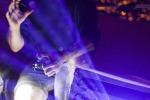 Duff illumina Medimex, messaggi di luce