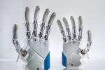 Mano robotica si muove come quella naturale grazie ai magneti (fonte: Istituto di Biorobotica della Scuola Sant'Anna di Pisa)