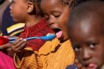 """Un pasto caldo ai bimbi africani grazie alla """"Stella cometa"""" di Cosenza"""