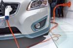 A Milano il raduno delle auto elettriche, attese in 500