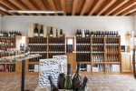 Vino: Canevel apre wine shop a Valdobbiadene