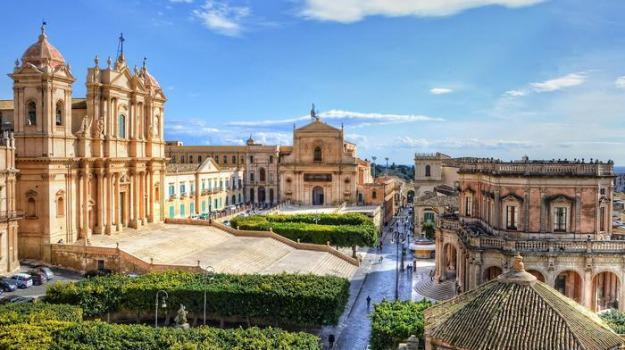telefonia, Sicilia, Società