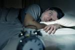 Le notti insonni danneggiano l'intestino, ecco lo studio che spiega il perché