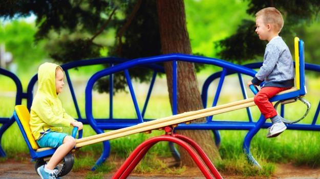 parco giochi per bambini Cosenza, plastica riciclata Cosenza, Cosenza, Calabria, Cronaca
