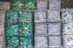 """Manovra, agevolazioni per le imprese """"green"""": stretta sui mezzi inquinanti e la plastica"""