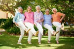 Gruppo di anziane