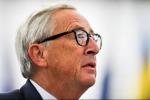 """Ue, Juncker al vetriolo : """"Serve distinguere tra euroscettici e nazionalisti stupidi"""""""