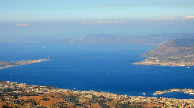 autorità portuale dello stretto, Sicilia, Economia