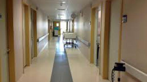 aggressione, infermiera, Messina, Archivio