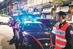 Furto in una villa, ladri in fuga sparano ai carabinieri