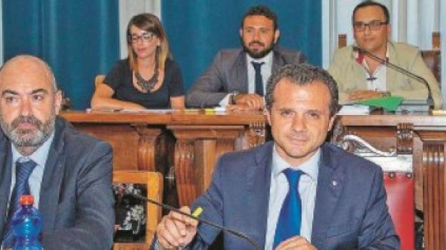 dimissioni, messina, sindaco de luca, Messina, Sicilia, Archivio