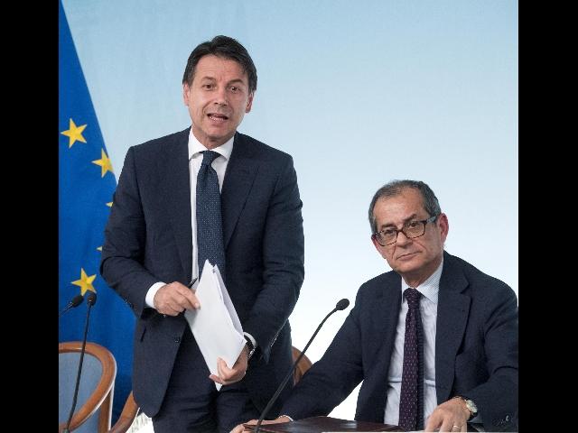 Govt summit on budget  heading for deal  (2) - Gazzetta del Sud 6c8acb707ab7
