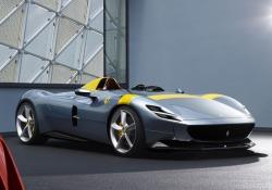 Le nuove Monza uno e due posti riprendono gli stilemi delle Ferrari da gara degli Anni '50