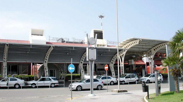 aeroporto lamezia, proiettili bagaglio, Catanzaro, Calabria, Cronaca