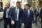"""""""Megavendetta"""" contro i dirigenti del Mef, il M5S difende Casalino"""
